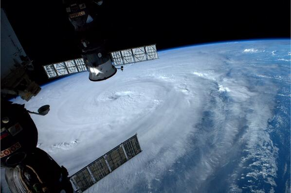 #Typhoon Neoguri nearing Japan